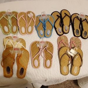10 Brand New Pairs of Soda Sandals $26 lot!
